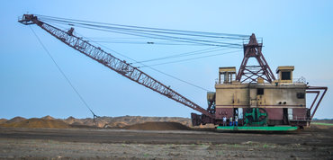 Manganese mining in Gabon (Photo: jbdodane, Creative Commons, via Flickr)